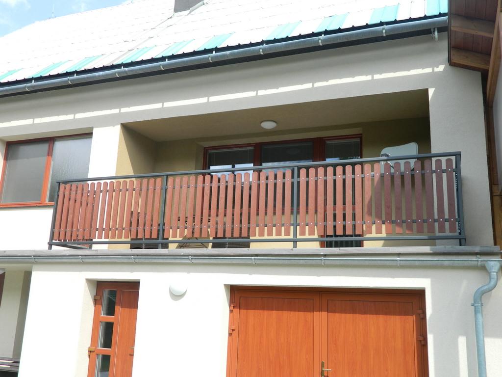 z%c3%a1bradl%c3%ad-balkony_009-jpg